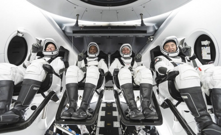 Discovery 頻道全程LIVE 見證未來商業太空旅行新篇章 載人火箭發射任務到國際太空站的歷史性一刻 《CREW-1 太空船發射實轉播》